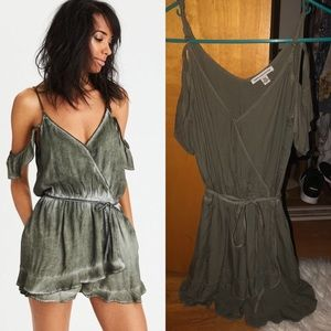 🆕AEO Army Green Wrap Front Ruffle Romper!